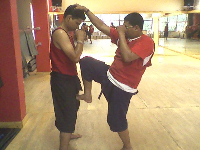 Vishal & Jay practise knee strikes